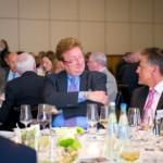 Dirk Elbers, Oberbürgermeister Düsseldorf im Gespräch mit Landrat Hans-Jürgen Petrauschke | Jahresempfang der Handelsverbände 2014 | © HV NRW